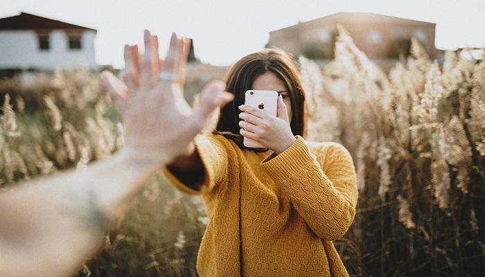 Ventajas y desventajas del uso de la tecnología en las relaciones de pareja